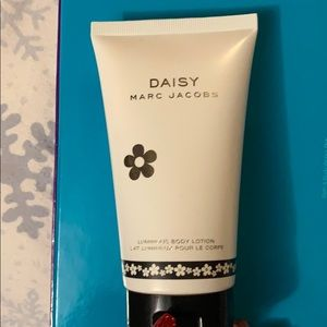MARC JACOBS Daisy Original Body Lotion
